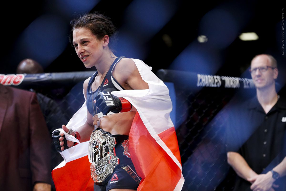 Ufc 205 Gets Two High Profile Womens Fights Including Strawweight