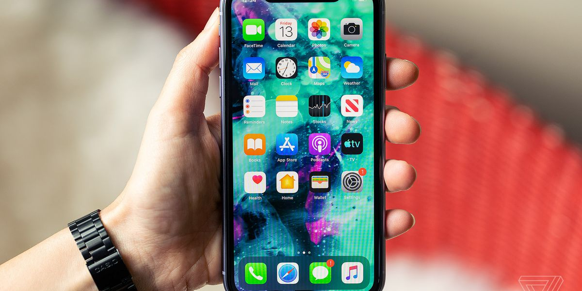 Here are 10 things to keep in mind before buying a smart phone
