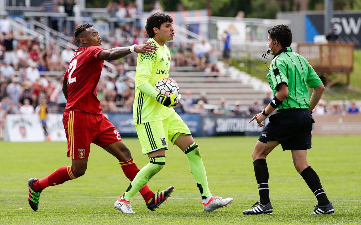 SLC GK Eduardo Fernandez earned USL Player of the Week for his performance against COS.