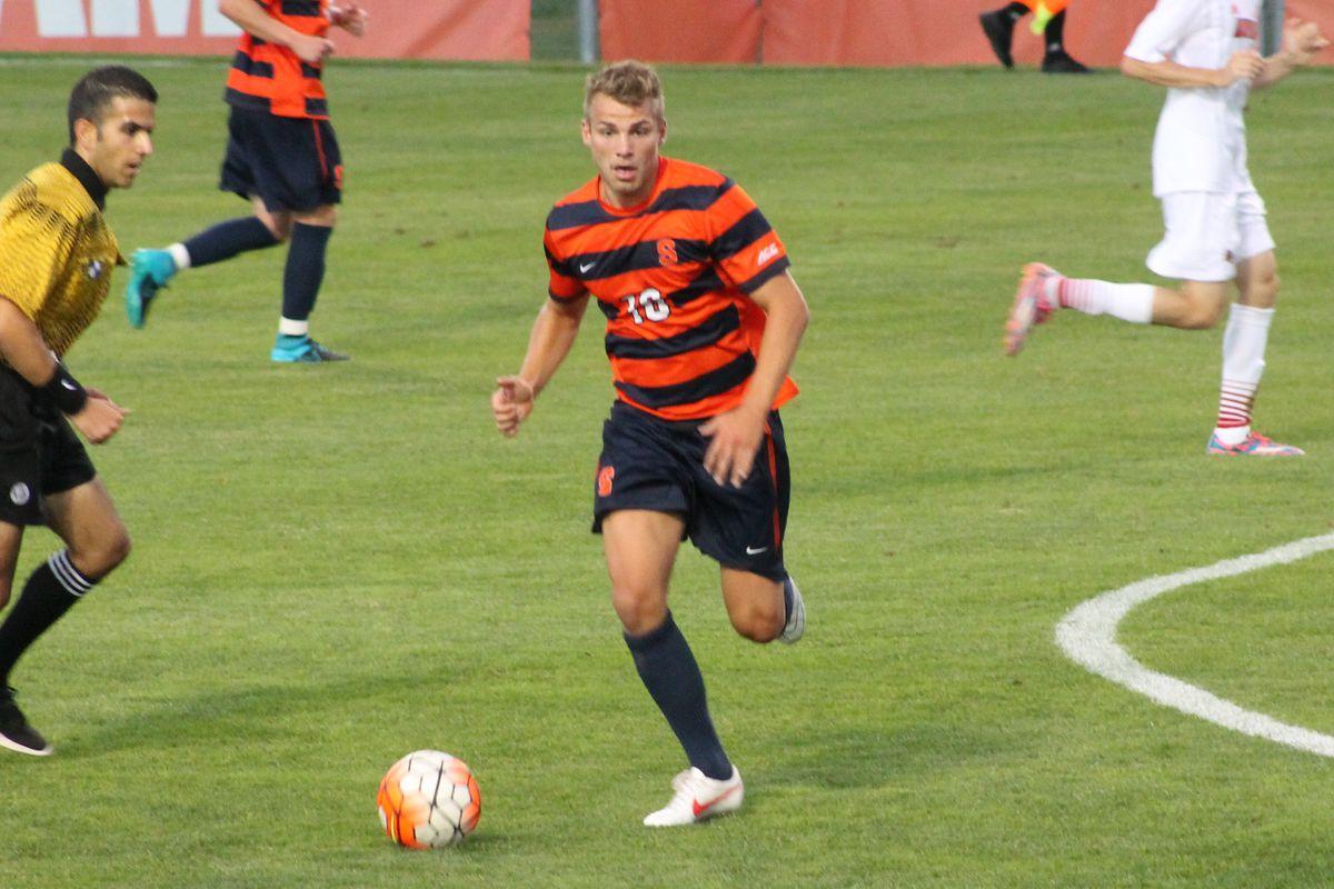 Julian Buescher