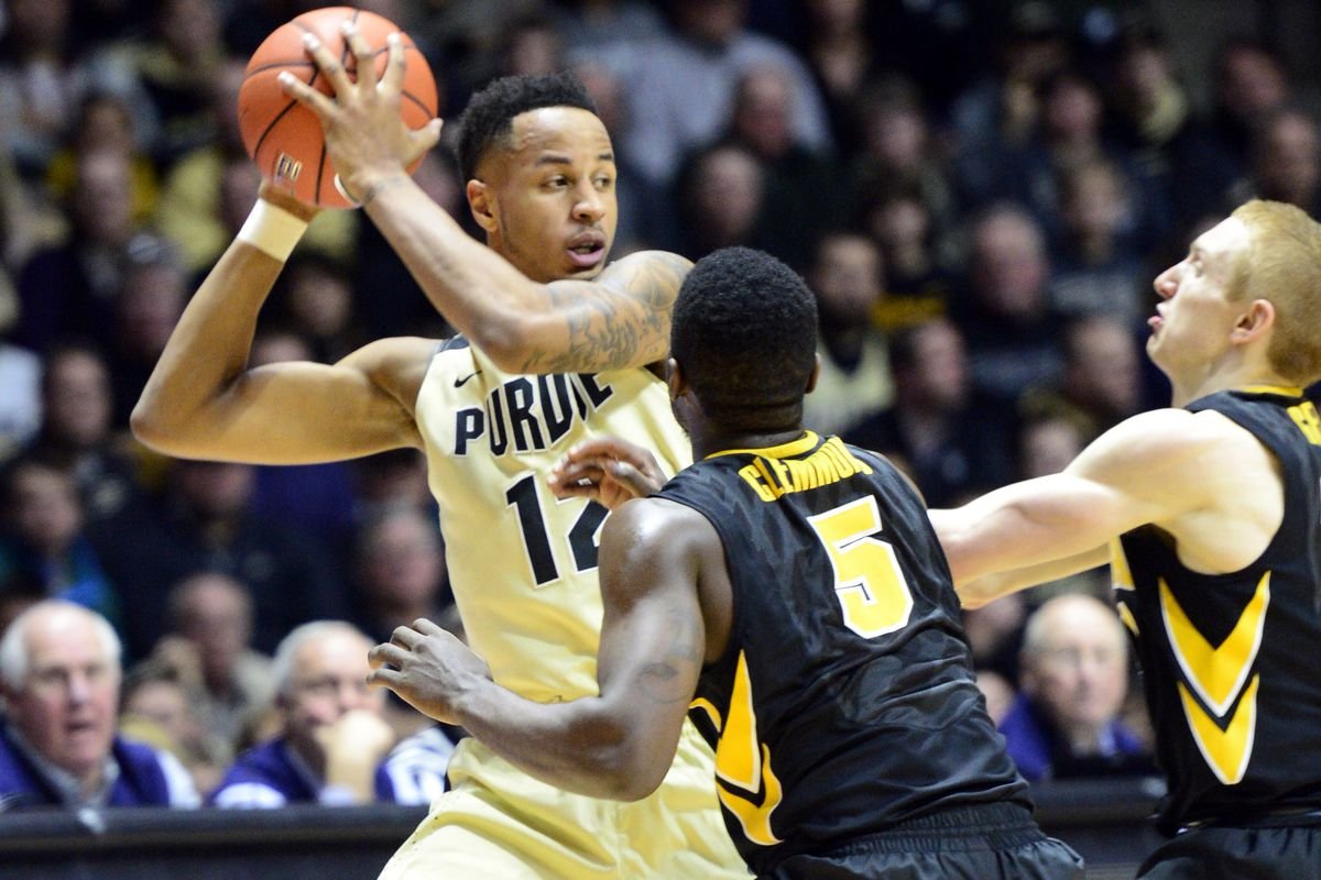 Iowa's trap defense, led once again by Anthony Clemmons, turned the game in the Hawkeyes' favor.