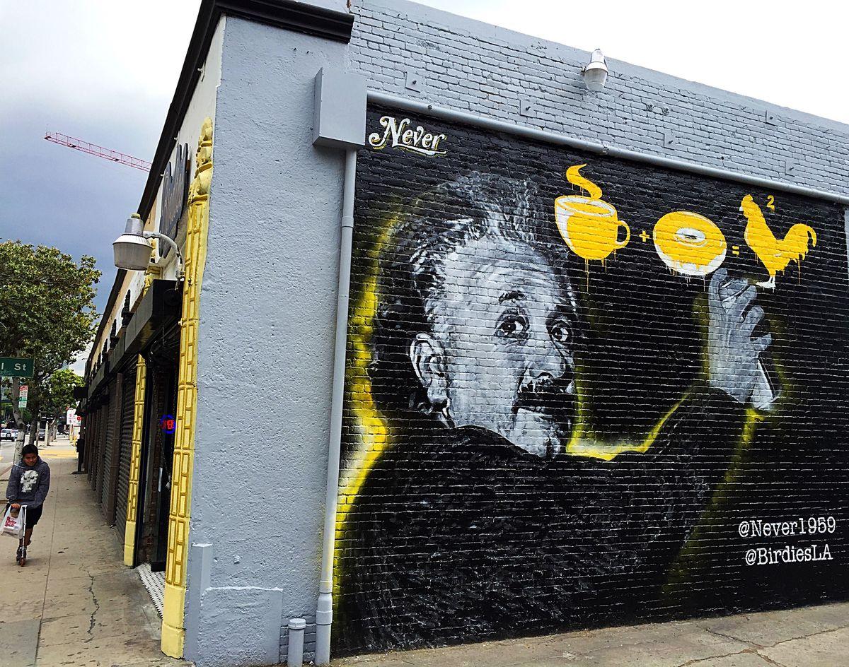 Jonas Never's mural at Birdies in DTLA