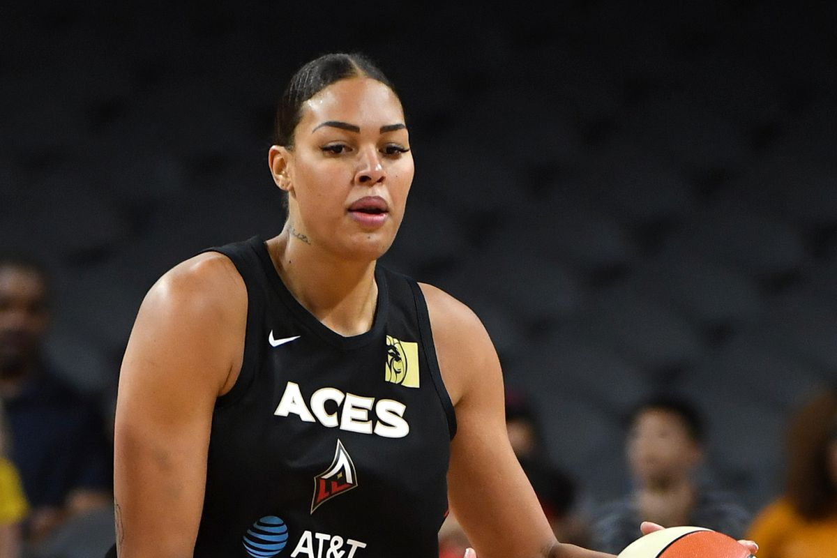 Liz Cambage faces former team while Liberty travel to Minnesota