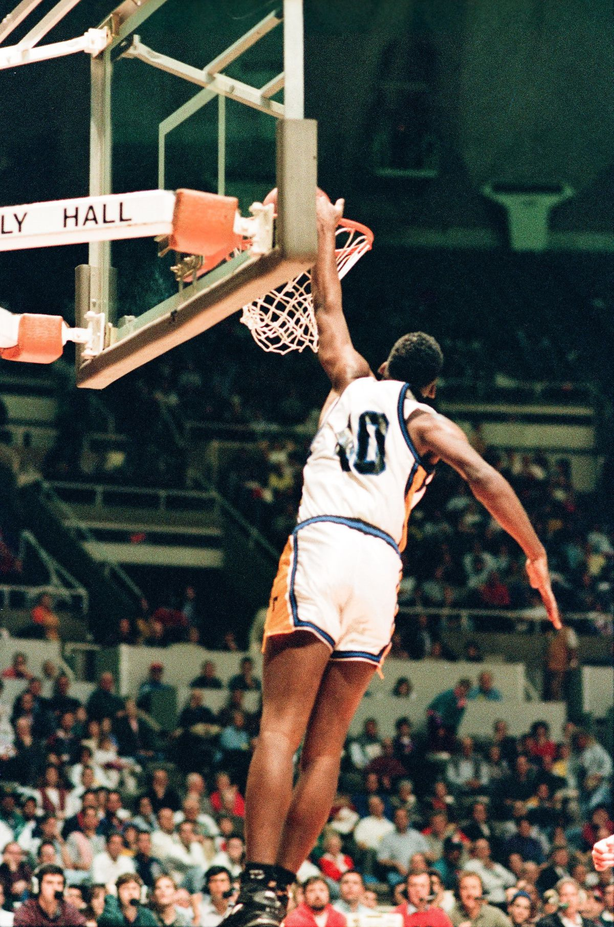Joliet's Gary Bell dunks against Carbondale at the state finals in Champaign in 1994.