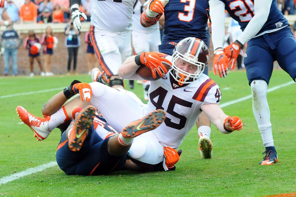Touchdown! Sam Rogers starts the 4th quarter scoring burst to answer the Hoos.
