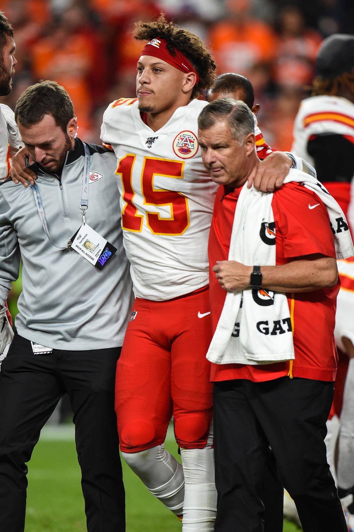 Chiefs provide update on quarterback Patrick Mahomes' injury