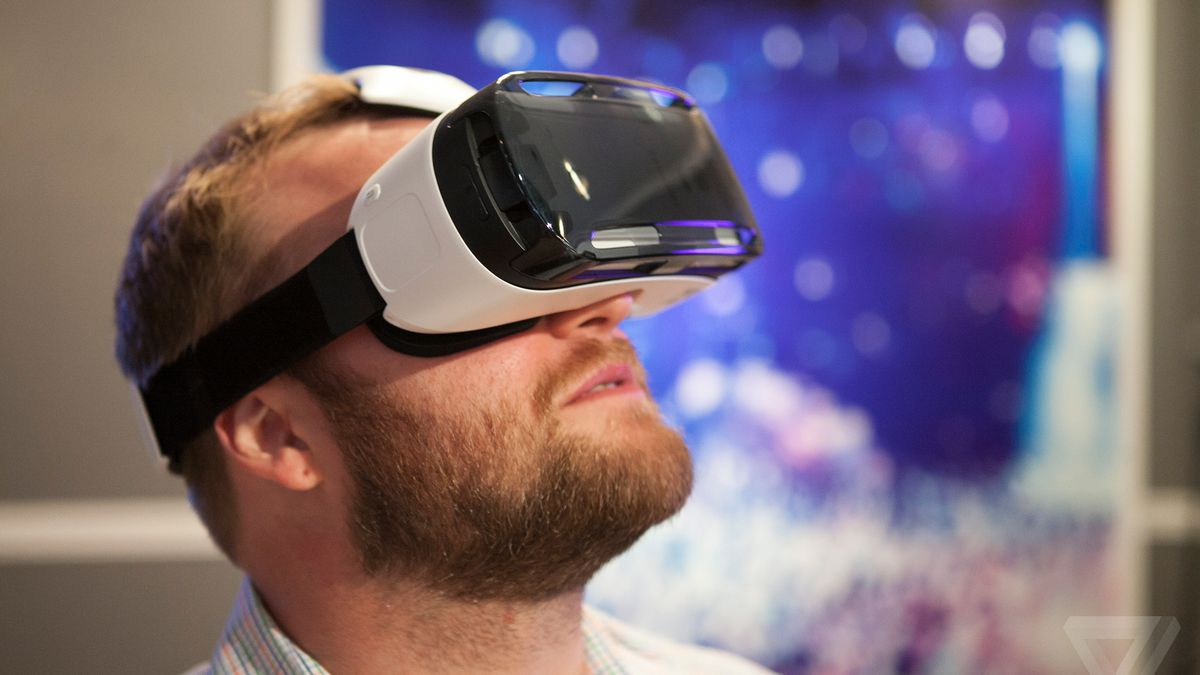 c8a97f1ae6a Samsung s Gear VR is a portable Oculus Rift for the Galaxy Note 4. Virtual  reality ...