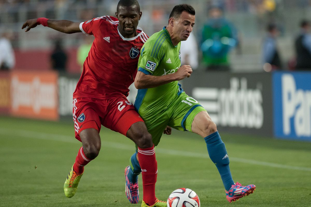 Shaun Francis and Marco Papa fight for a loose ball, August 2, 2014, at Levi's Stadium