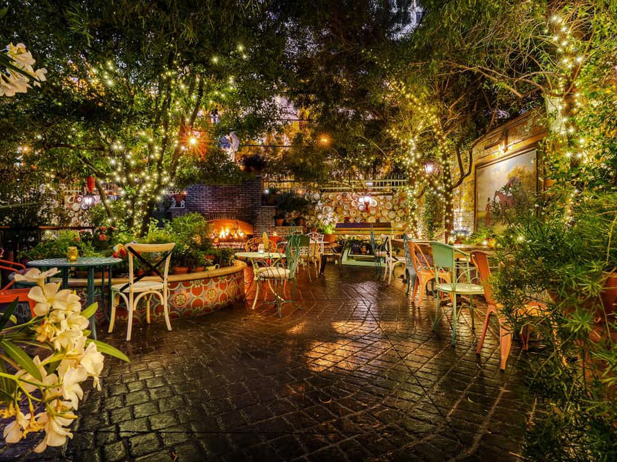 A parklike outdoor dining room