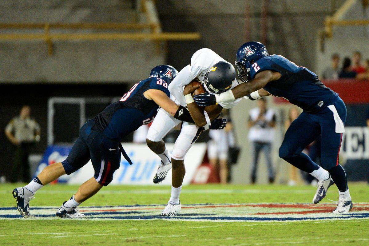 The Arizona Wildcats defense is looking much better than last year behind leadership from Marquis Flowers and Jake Fischer