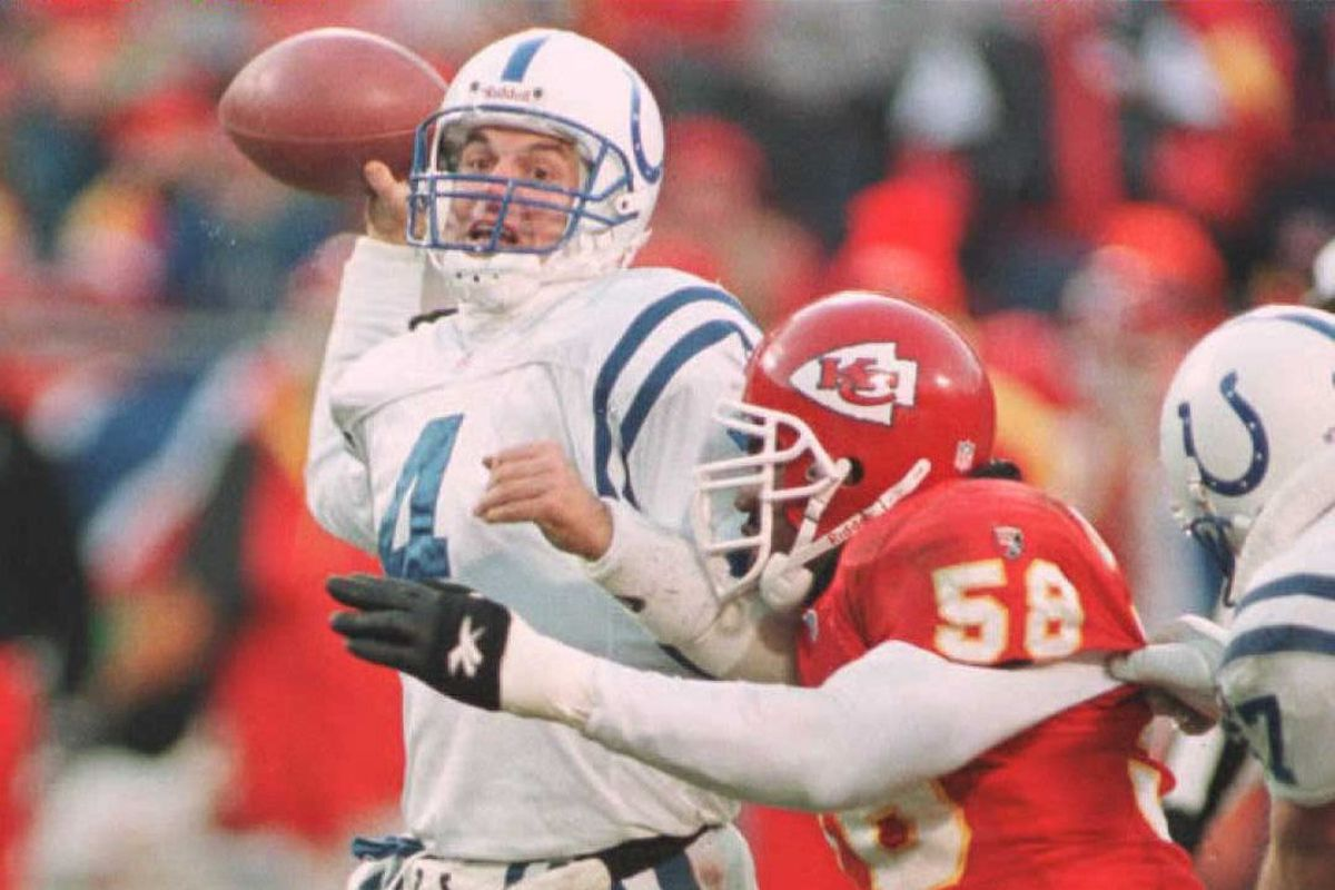 FOOTBALL-CHIEFS/COLTS