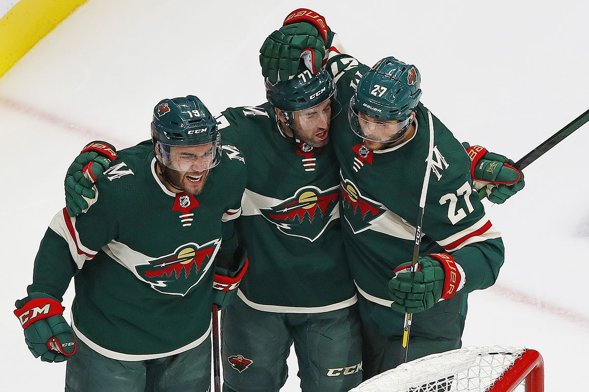 NHL: Western Conference Qualifications-Vancouver Canucks at Minnesota Wild