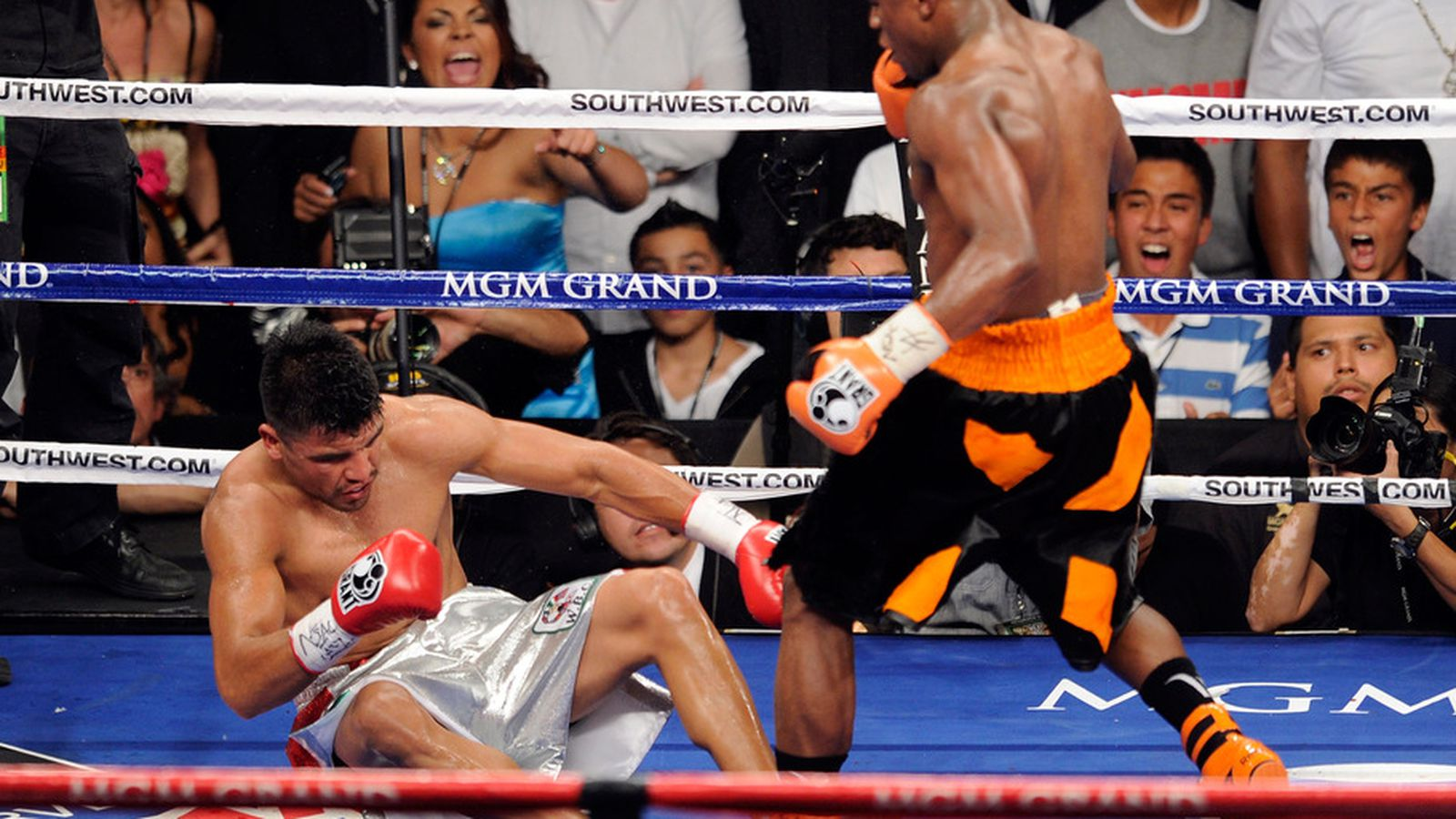 Floyd Mayweather: Victor Ortiz Gets a Rematch When He ... | 1600 x 900 jpeg 206kB