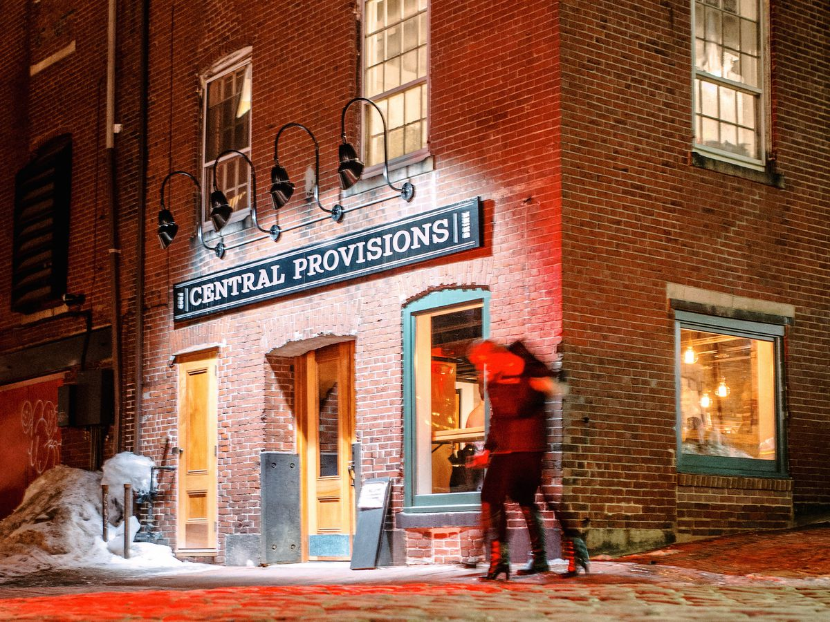 Where To Eat On New Year S Eve In Maine Eater Maine