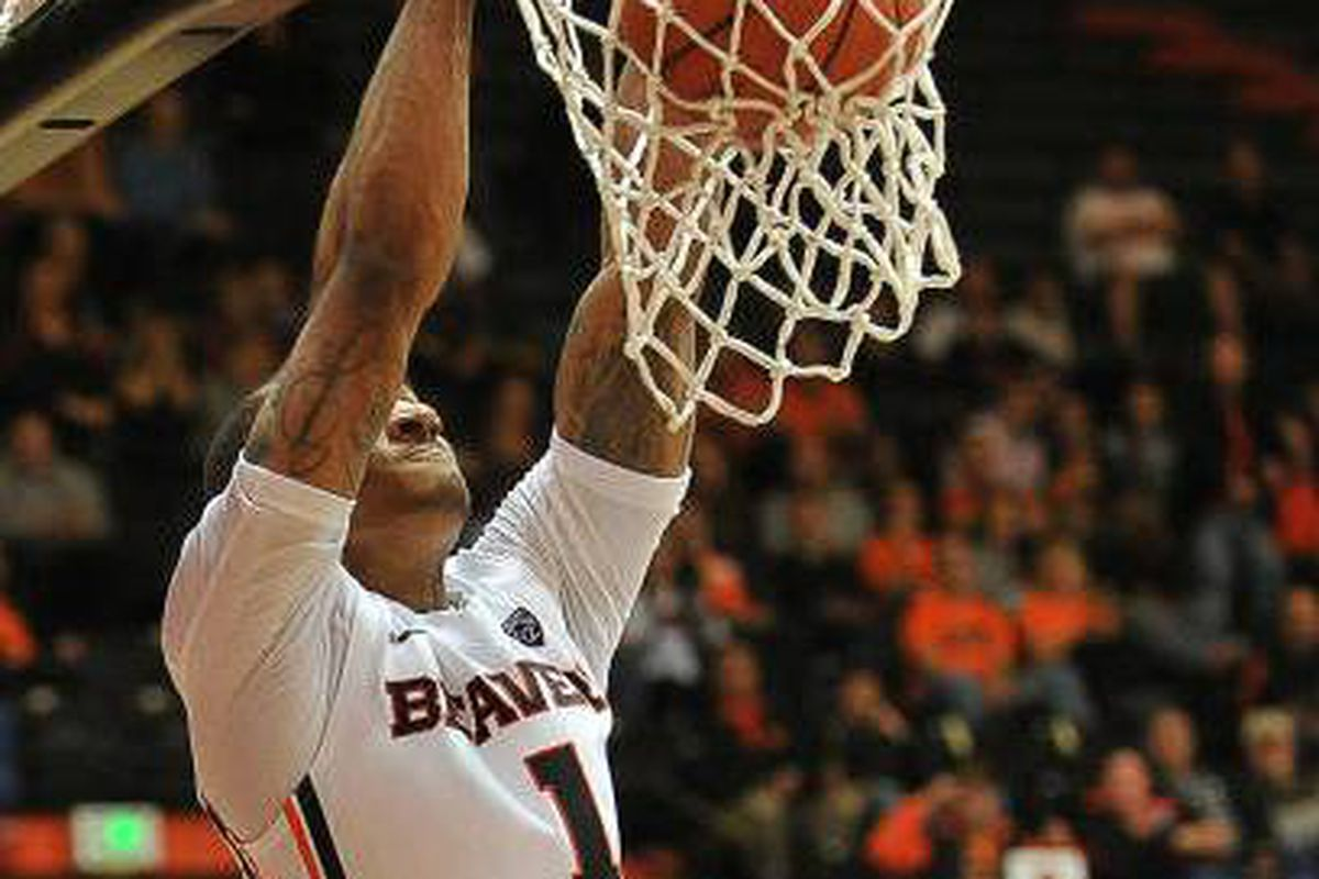 Gary Payton II leads the Beavers against Oral Roberts tonight.