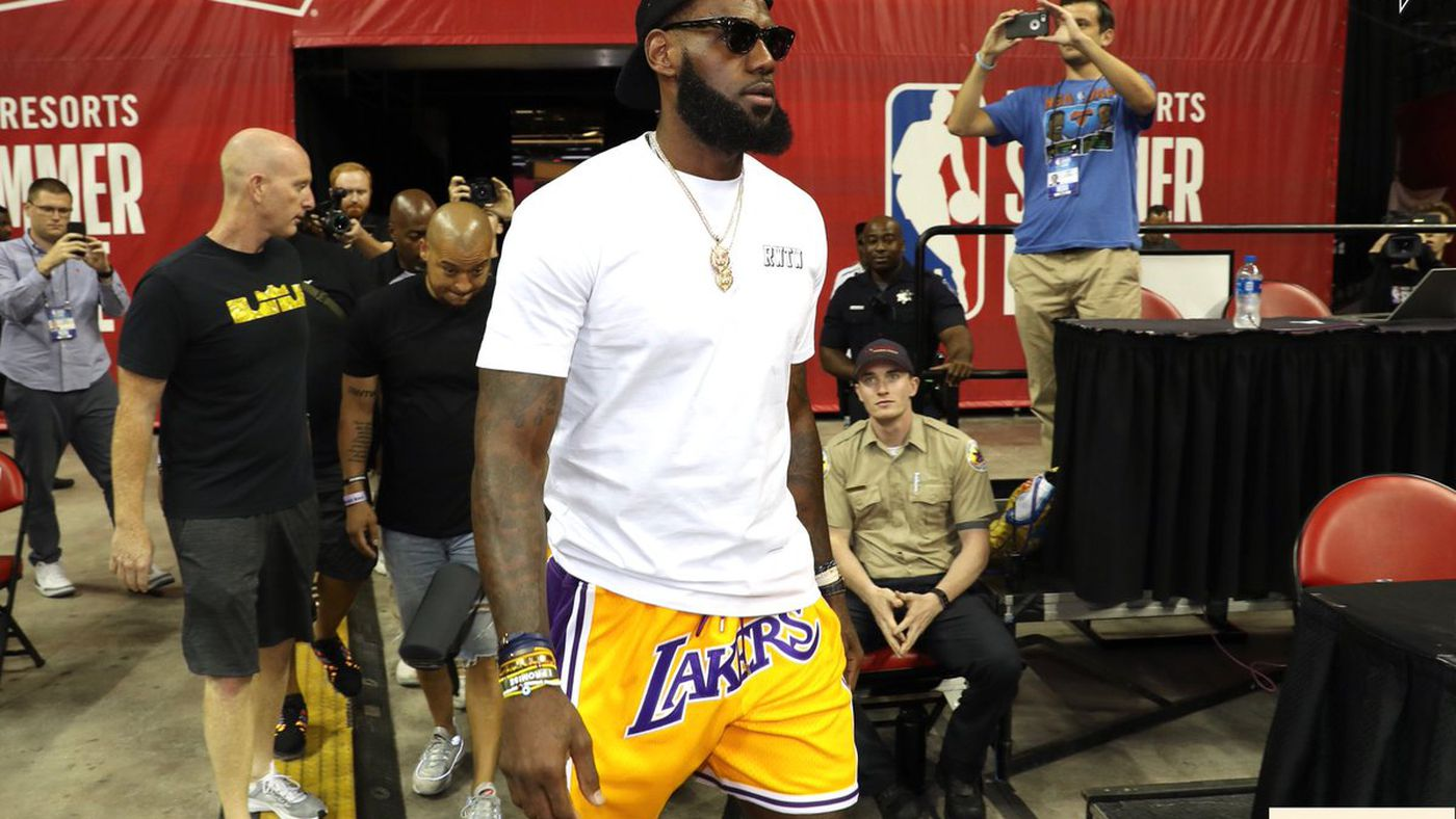 LeBron James and his $500 Lakers shorts were the focus of the ...