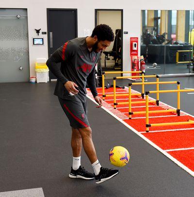 Gomez also had a go with a football (!!!).