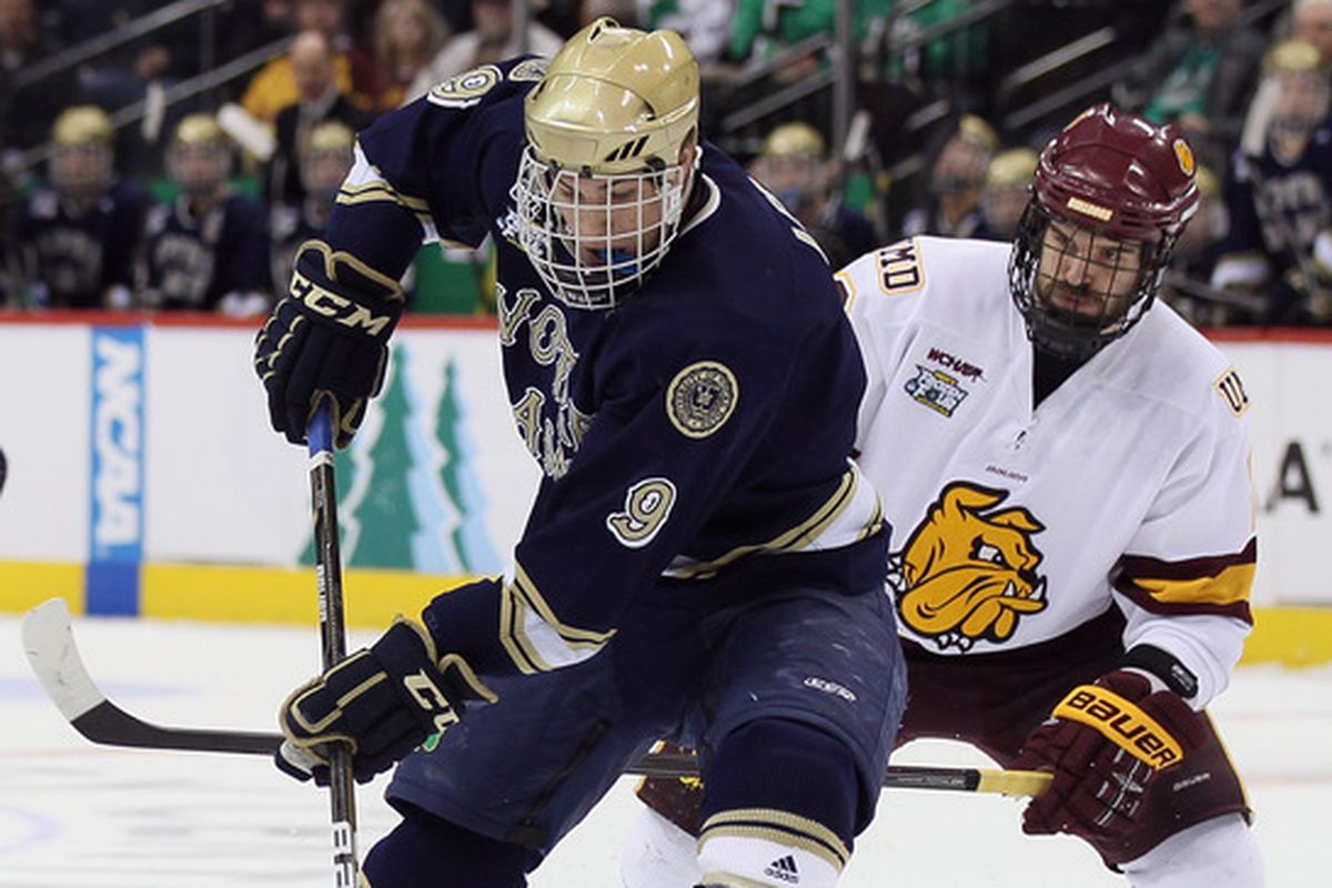 Notre Dame and Minnesota-Duluth will participate in the 2014 Icebreaker