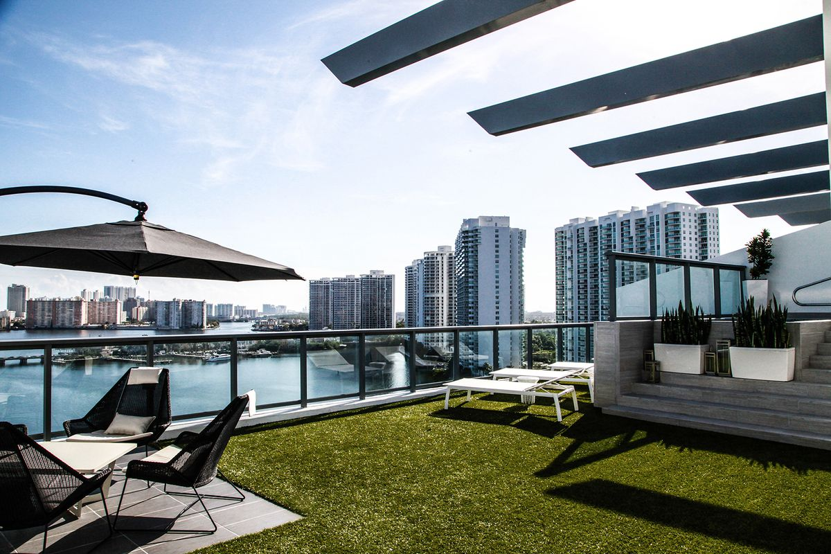 Echo Aventura Penthouse With Divine Views For 3 8m Curbed Miami