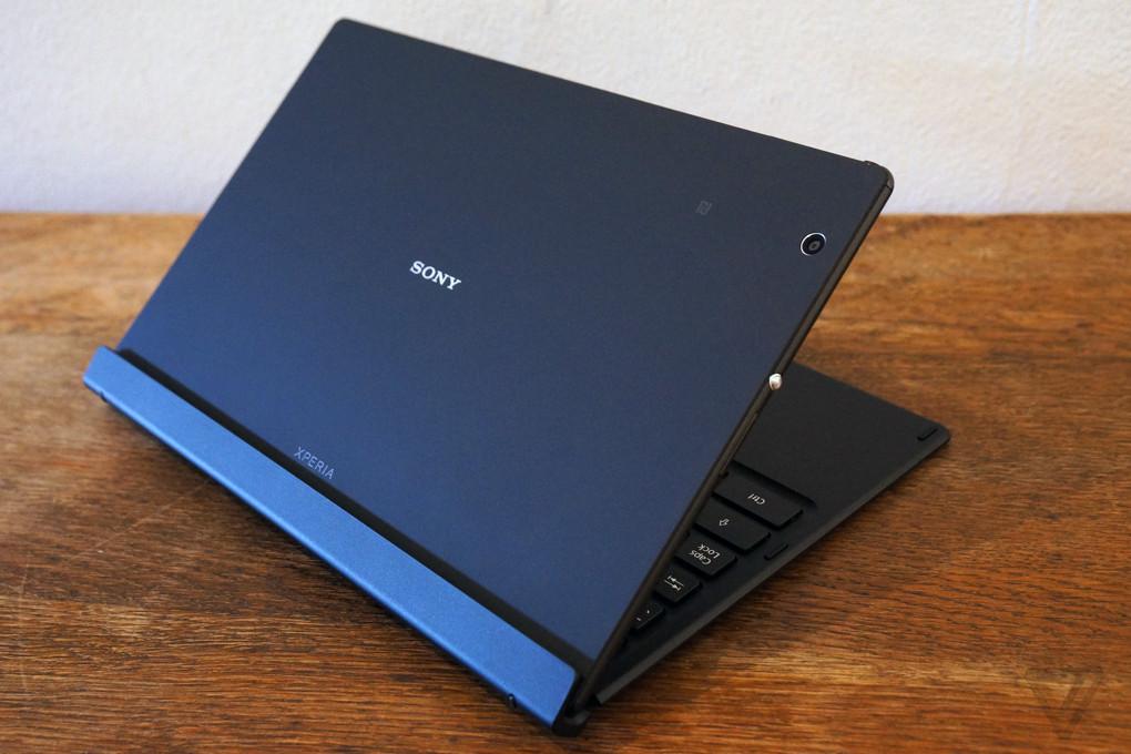 Sony Xperia Z4 Tablet photos