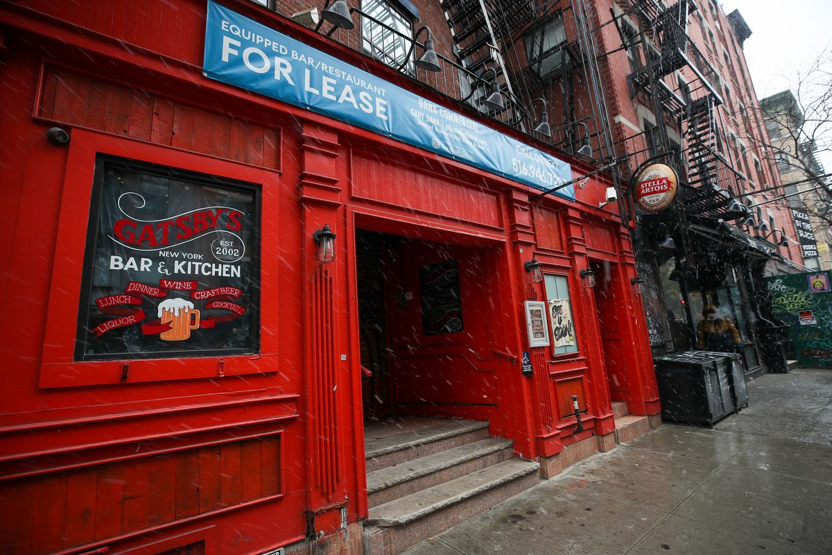 A restaurant that have leasing sign on is seen as restaurants forced to shut their doors amid the coronavirus (Covid-19) pandemic, in New York City, United States on December 9, 2020.