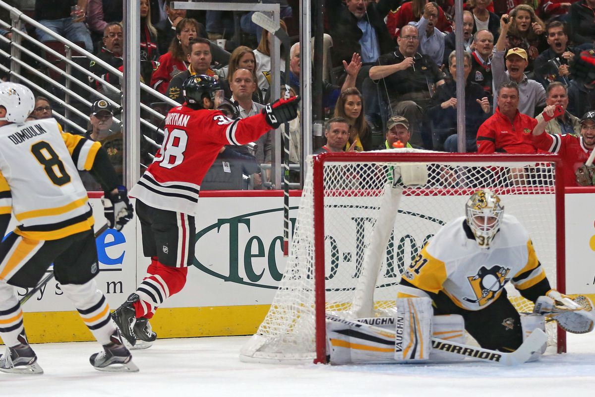 Blackhawks stay hot, coast past Blue Jackets