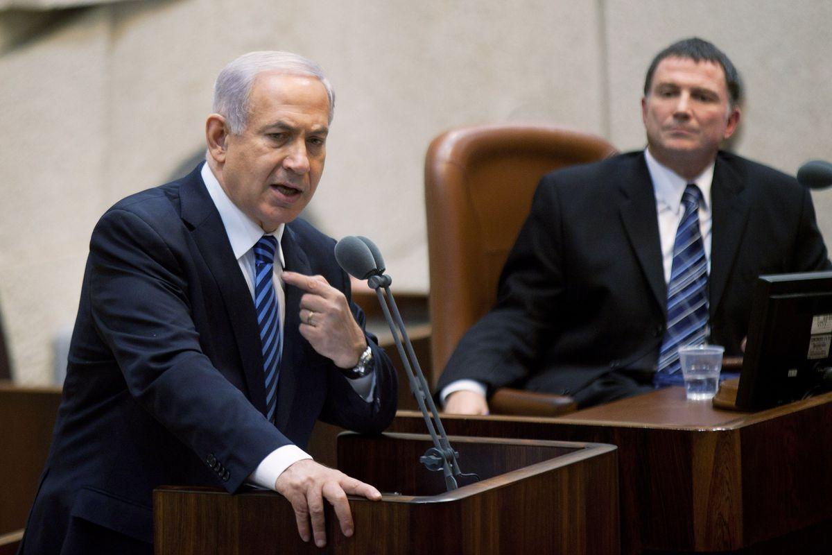 Netanyahu speaks to the Knesset in 2013 (Uriel Sinai/Getty)