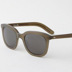"""<b>Steven Alan</b> Dudley Sunglasses in olive, <a href=""""http://www.stevenalan.com/DUDLEY-SUNGLASSES---OLIVE/VEN_ALL_NA_CC-DUDLEY.TAB0281,default,pd.html?dwvar_VEN__ALL__NA__CC-DUDLEY%2eTAB0281_color=OLIVE#cgid=womens-shoes-and-accessories-eyewear&view=all"""