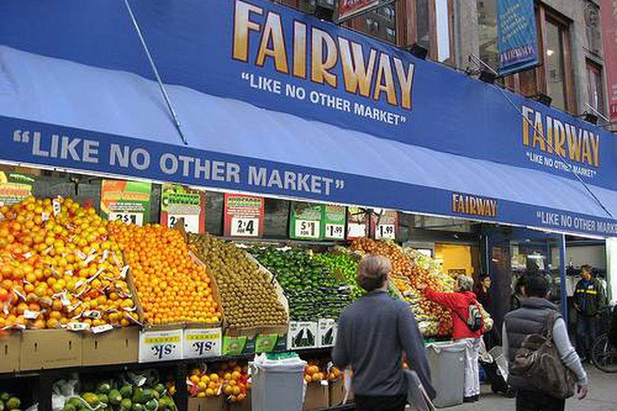 """The Upper West Side Fairway via <a href=""""http://www.flickr.com/photos/swruler/304274052/"""">swruler9284</a>/Flickr"""