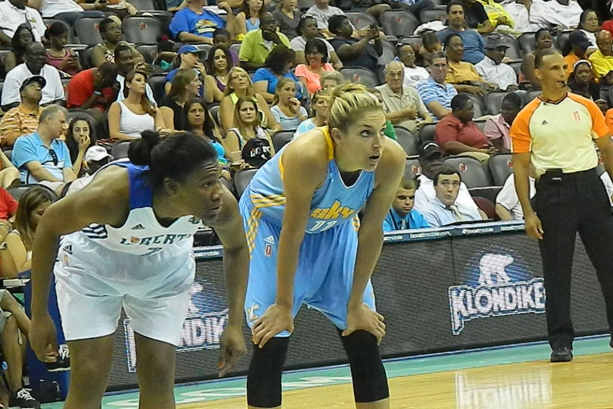 Chicago Sky rookie Elena Delle Donne had a game-high 20 points in a rout of the New York Liberty.
