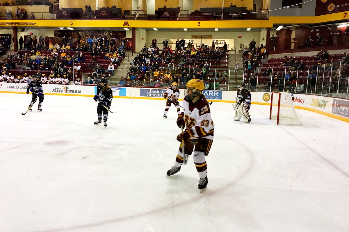 Caitlin Reilly in Minnesota State's zone during second period at Ridder Arena.