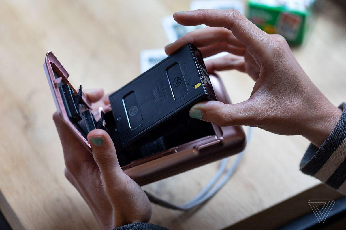 Fujifilm's Instax Mini LiPlay brings audio to the instant