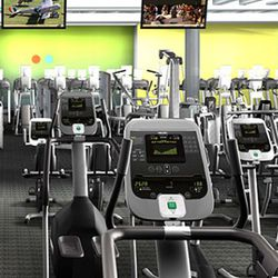 """Inside Blink via <a href=""""http://wellandgoodnyc.com/2011/01/07/blink-fitness-a-sneak-peek-at-equinoxs-new-budget-friendly-gym/?utm_source=Well+Good&utm_campaign=02c0cf543a-Well+Good+January+6&utm_medium=email"""" rel=""""nofollow"""">Well and Good NYC</a>"""