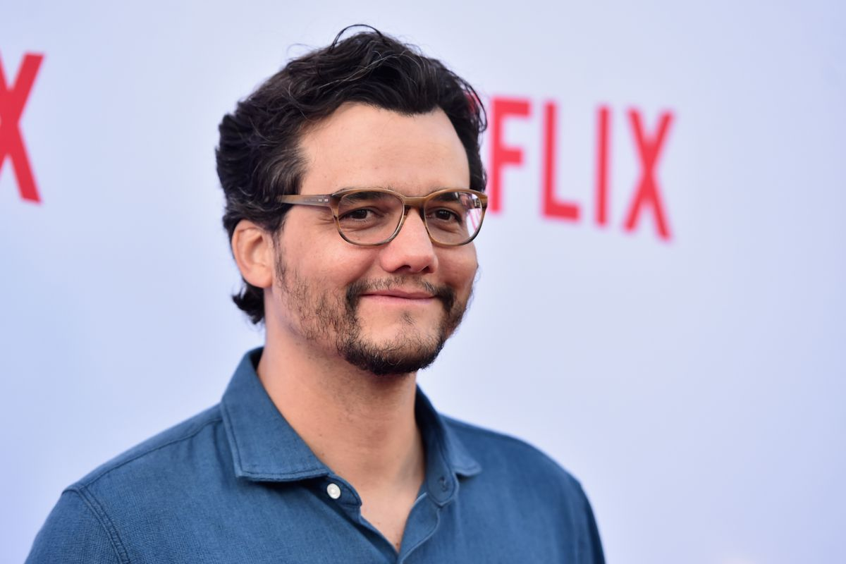 Video: Netflix and Narcos star Wagner Moura is a BJJ purple