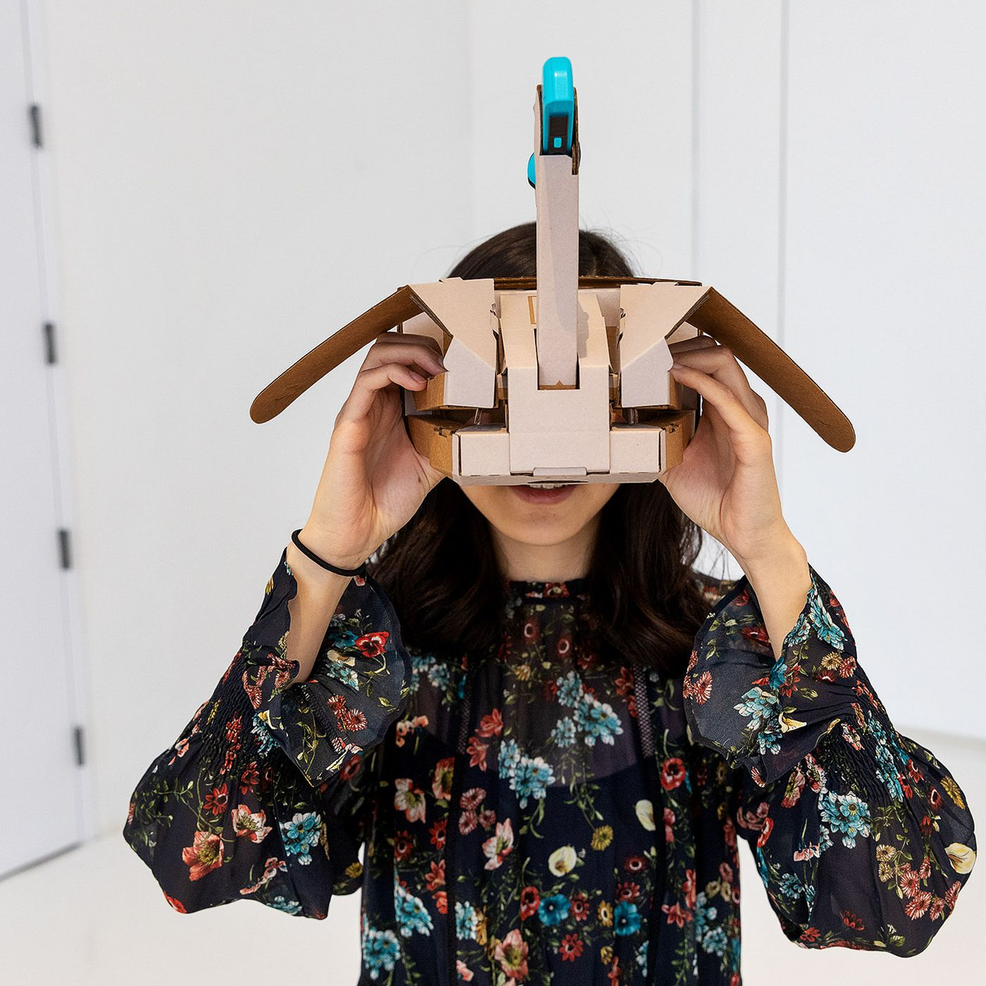 theverge.com - Dami Lee - Nintendo Labo VR hands-on: virtual reality goes DIY