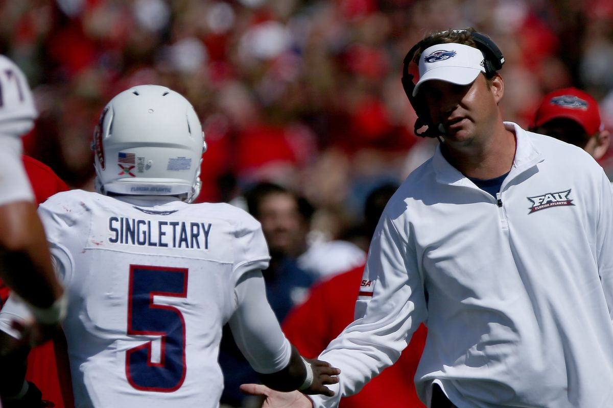 FAU Football 2018 Season Preview  What will the Lane Train do for an encore 93b45055f