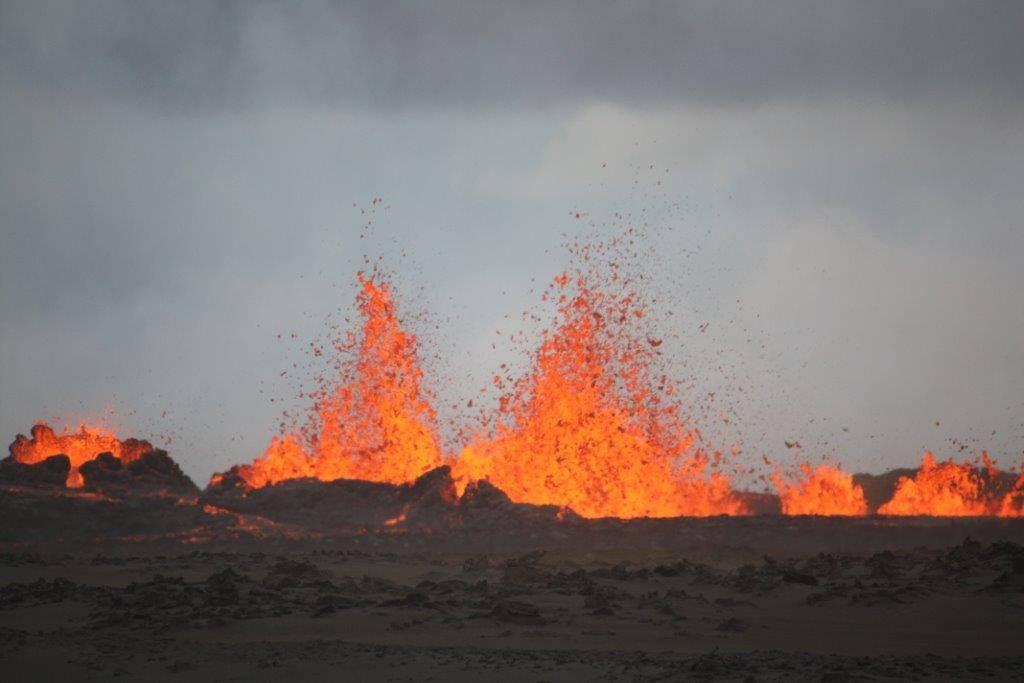 volcano eruption 1
