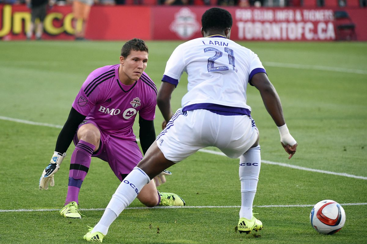 Can Cyle Larin win the Golden Boot?