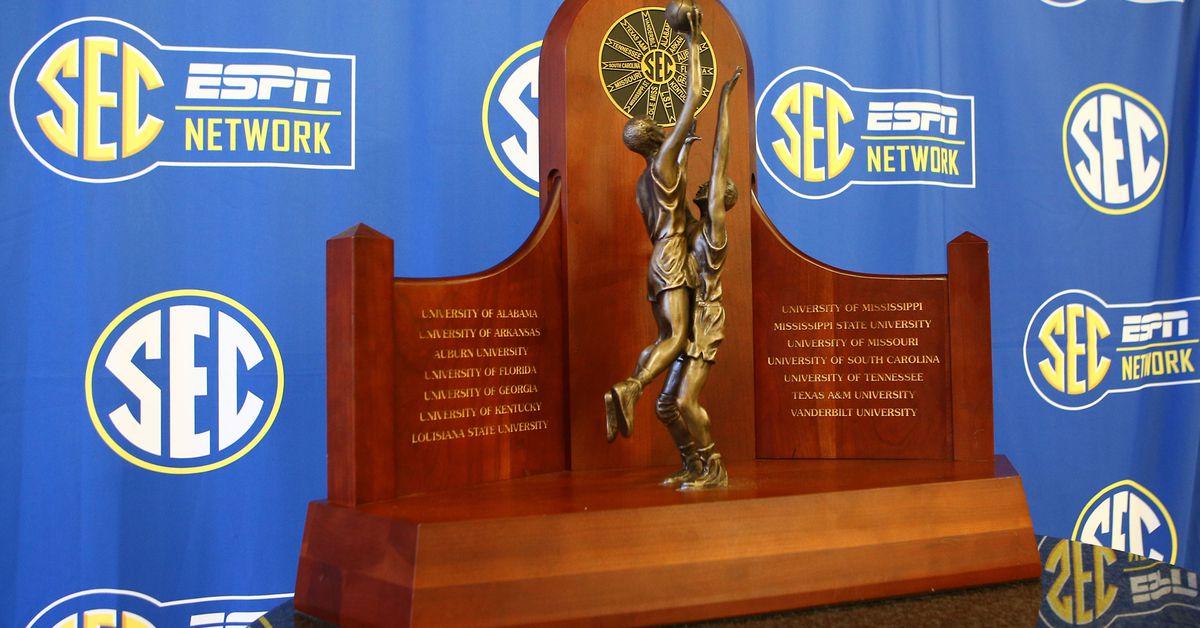 Wildcats now lead race for SEC regular-season crown