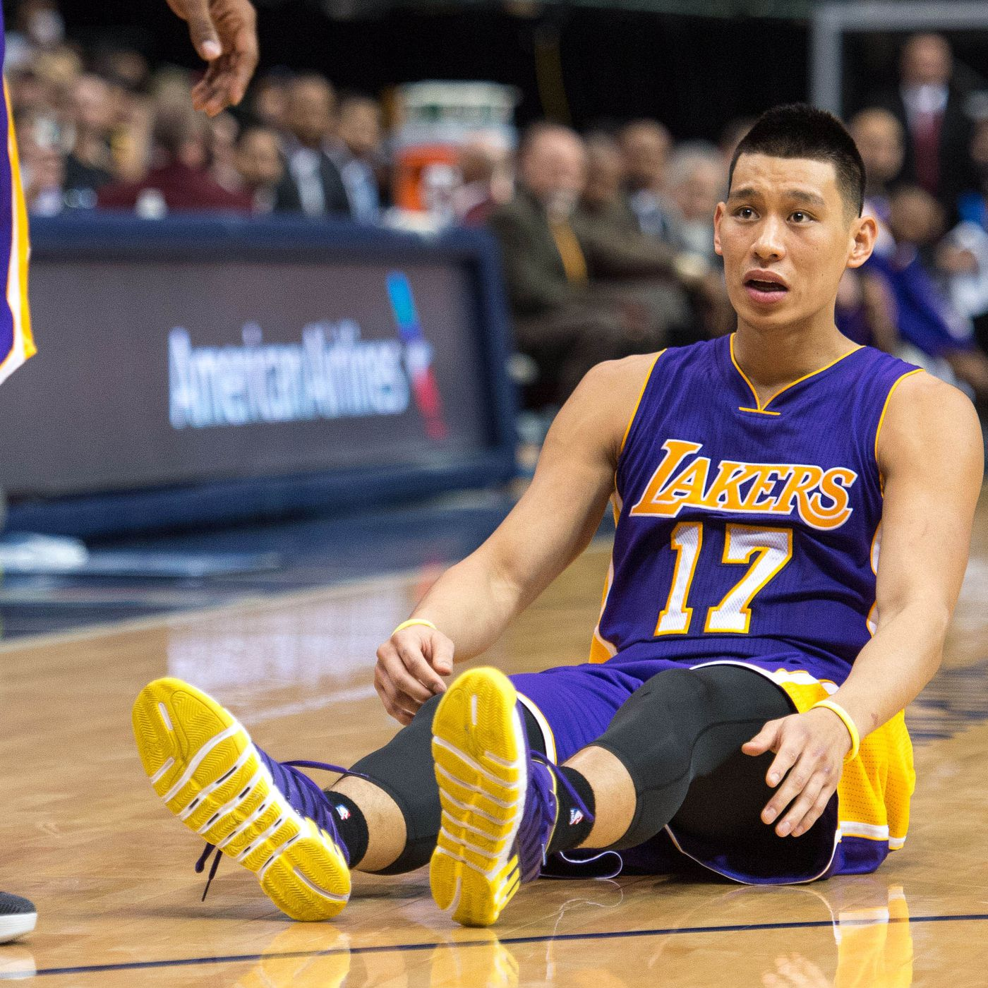 5e7b851f8 Jeremy Lin calls Lakers  benching  toughest situation  of career -  SBNation.com