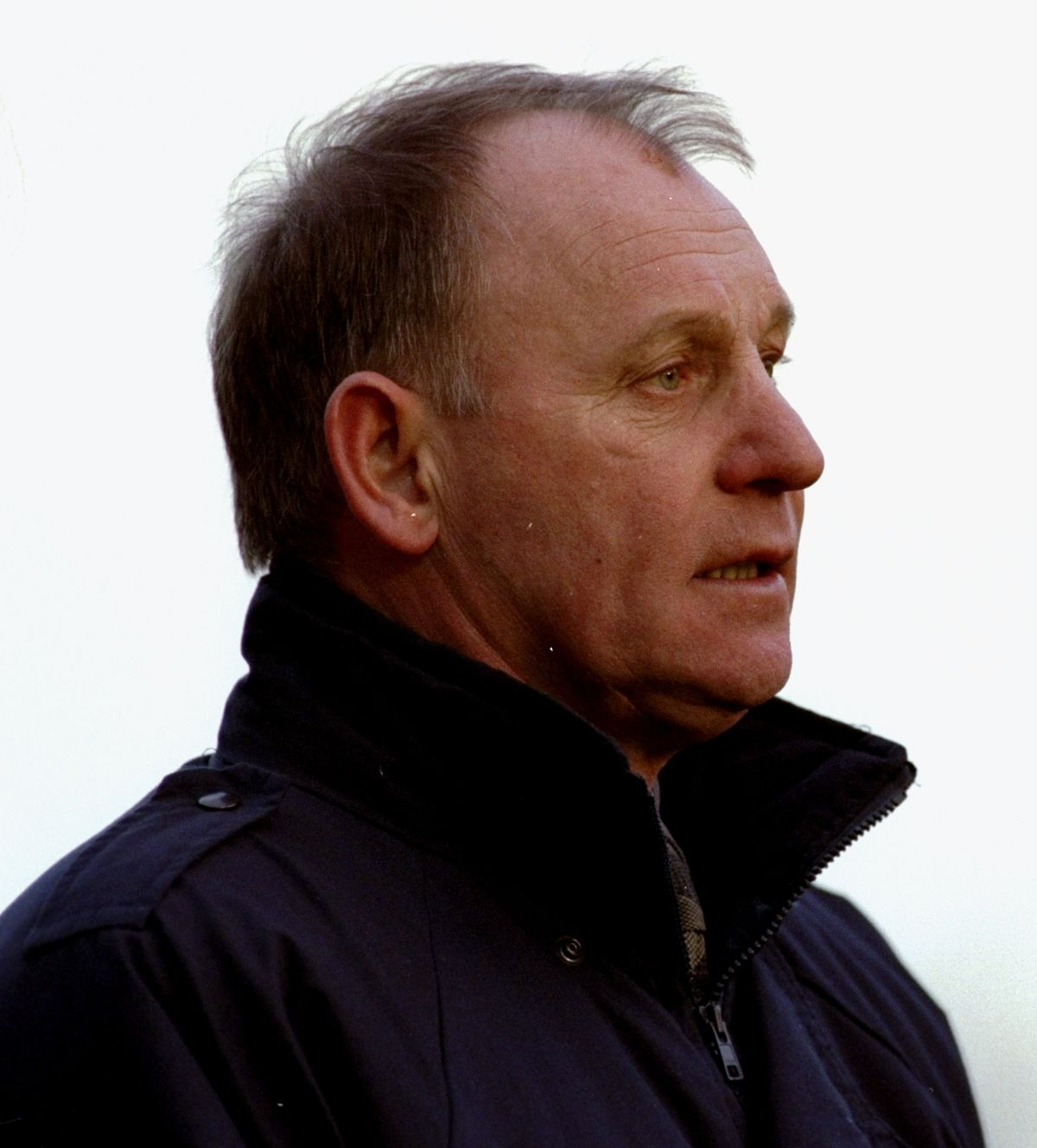 enis Smith manager of Oxford United
