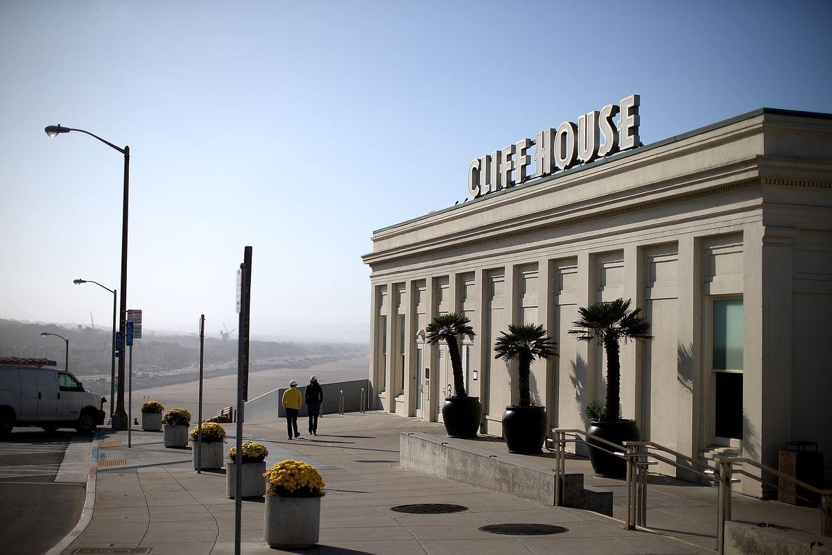 Landmark Bay Area Restaurant The Cliff House Closed Due To Gov't Shutdown