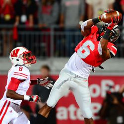 Evan Spence attempting to make a catch.