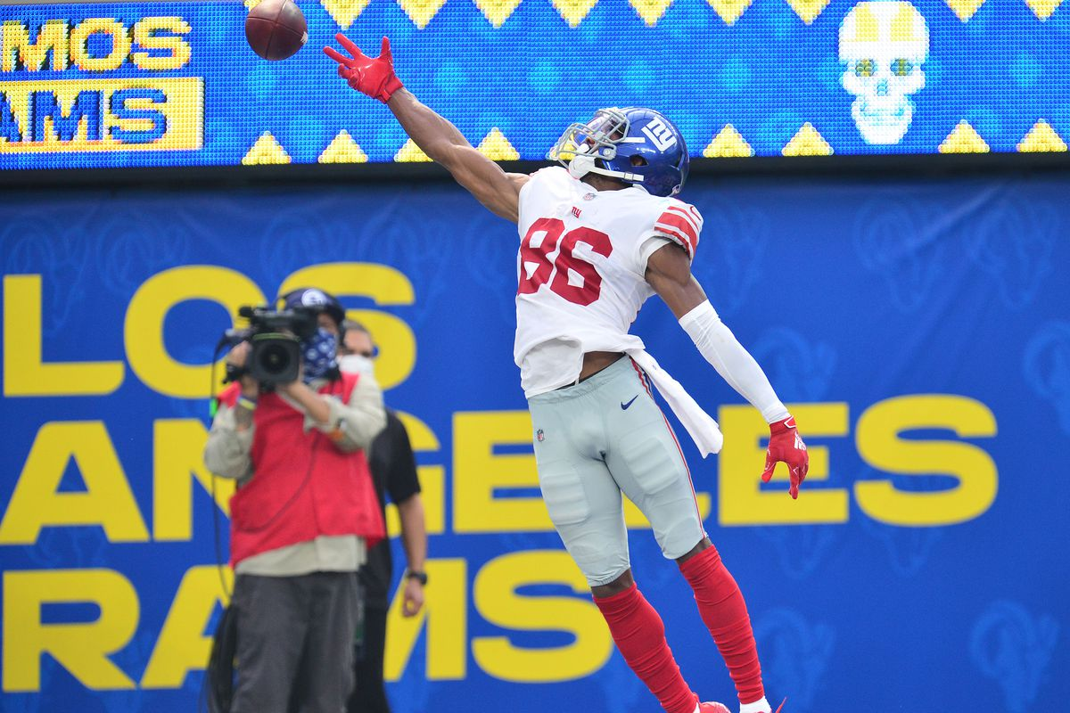 New York Giants wide receiver Darius Slayton (86) misses catching a pass against the Los Angeles Rams during the second half at SoFi Stadium.