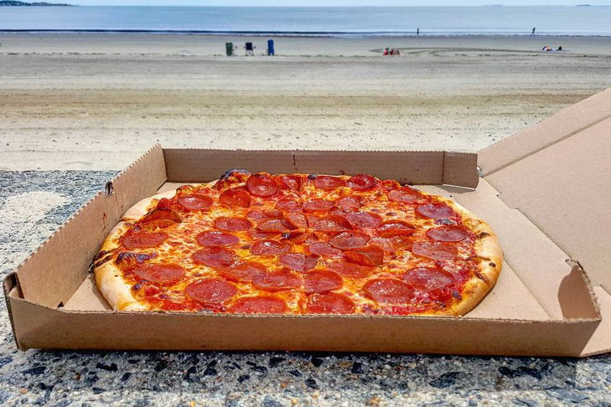 Beach And Pizza Vibes At Bianchi S Rachel Leah Blumenthal Eater