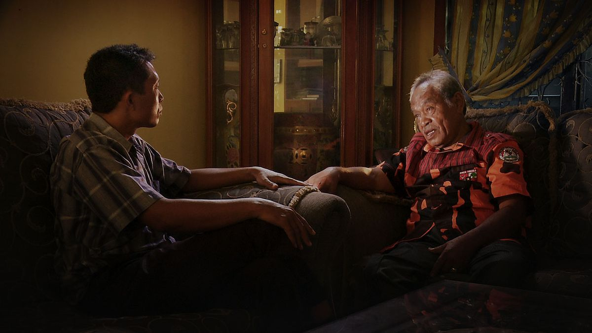 Adi meets with a killer in The Look of Silence.