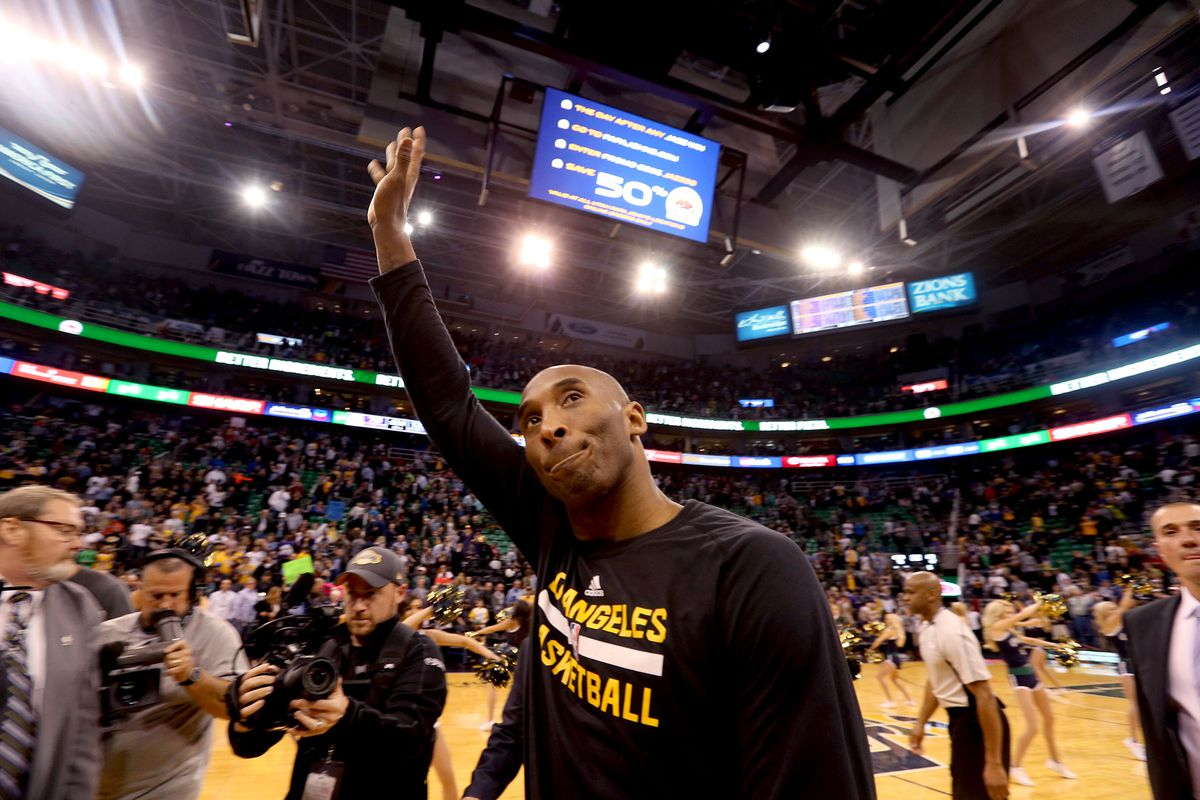 Kobe Bryant: Twitter reacts to Los Angeles Lakers legend's death
