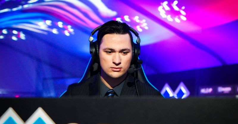 Top CS:GO commentator suspended by Twitch after using racist term