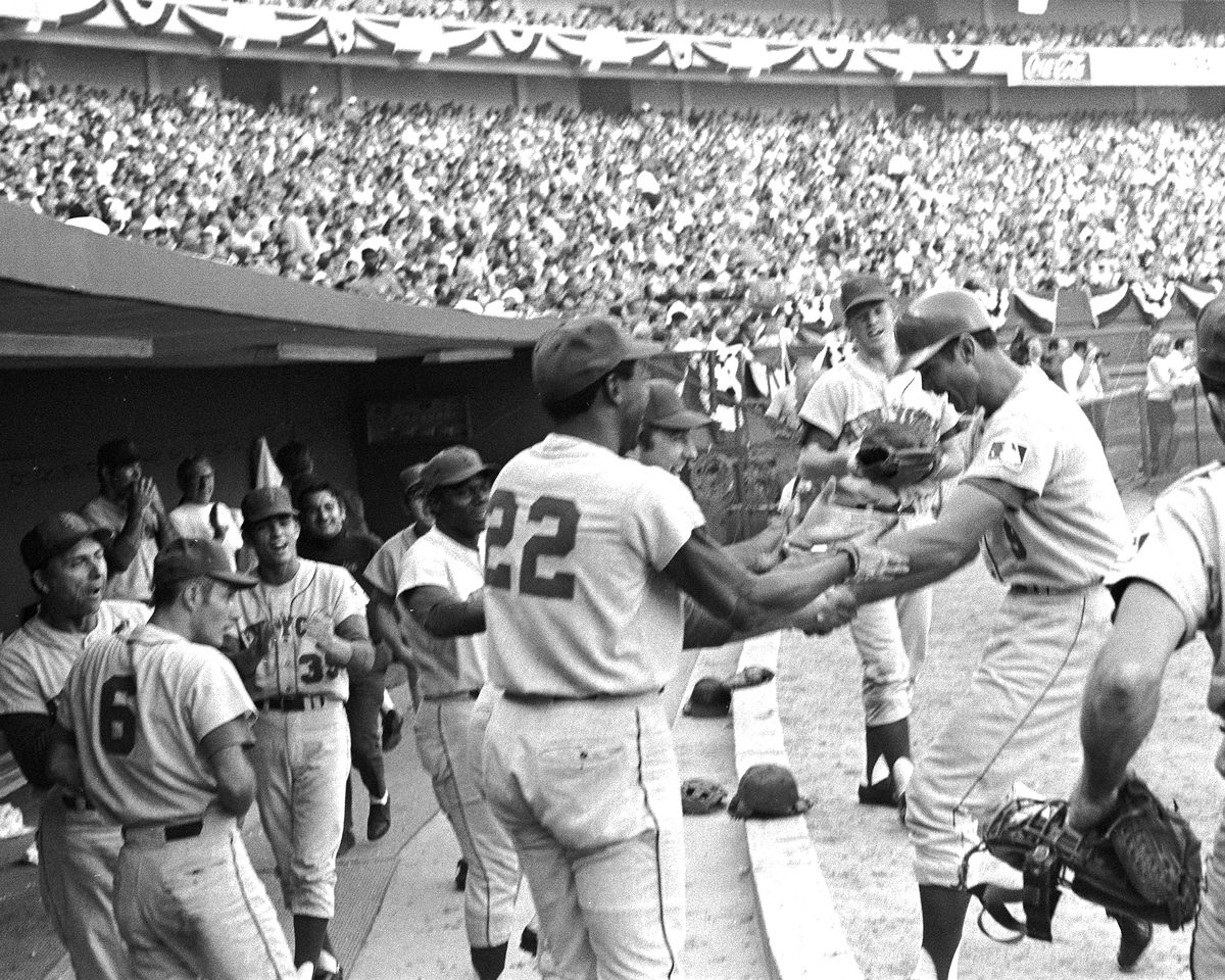 N.Y. Mets vs. Atlanta Braves. 1969 National League Champions