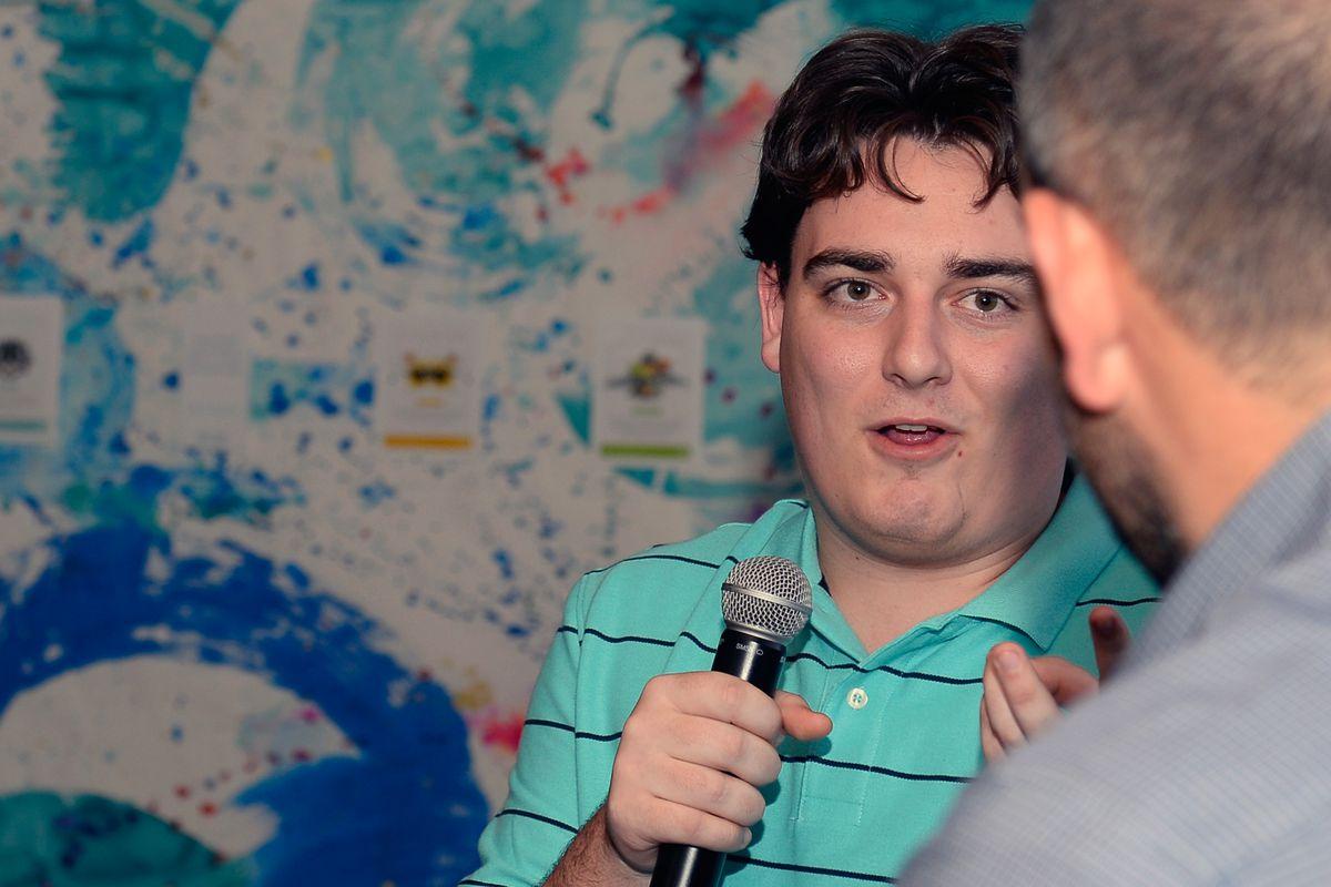 Palmer Luckey at Dell Consumer Press Dinner With Adrian Grenier
